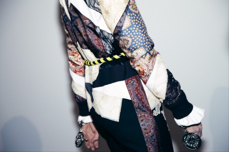 GIVENCHY_2013177-tt-width-970-height-576-crop-1-except_gif-1-scale_up-1