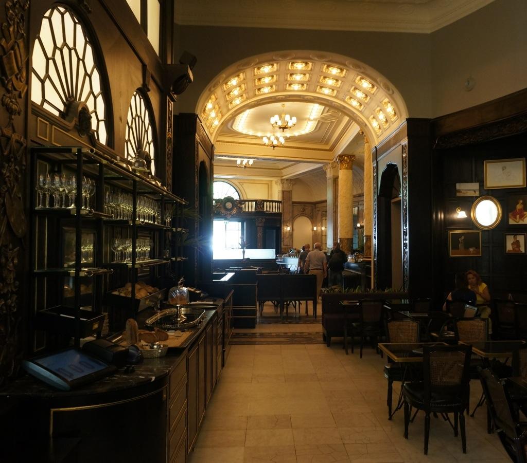 Grosz Restaurant – Design & Culture by Ed
