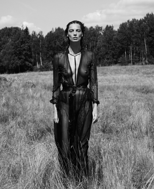 daria-werbowy-by-mikael-jansson-for-interview-magazine-september-2014-1