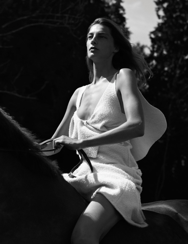 daria-werbowy-by-mikael-jansson-for-interview-magazine-september-2014-20