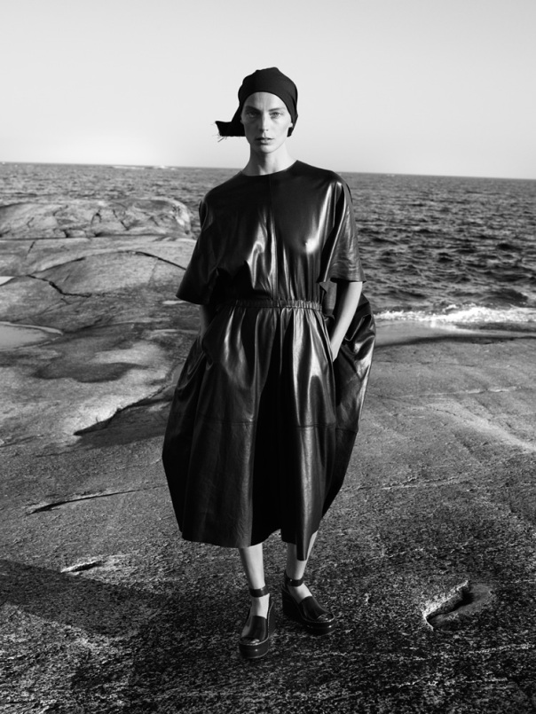 daria-werbowy-by-mikael-jansson-for-interview-magazine-september-2014-6