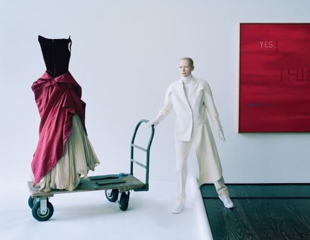 tilda-swinton-lady-amanda-harlech-by-tim-walker-for-w-magazine-december-2014-13
