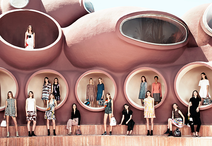 SPECIAl-700x485-Dior-Cruise-2016-Group-Shot