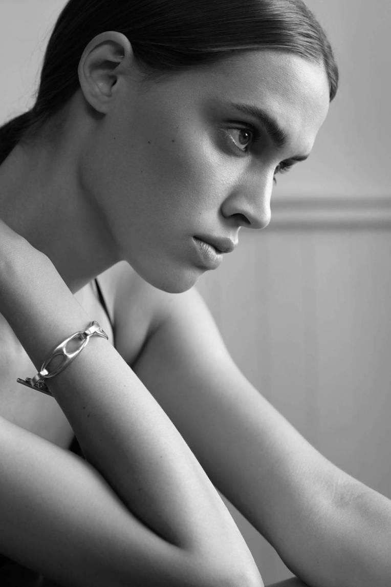 medium_ED_CH_v2.21_THOMASLOHR_SOPHIE-BUHAI_bracelet_FINAL