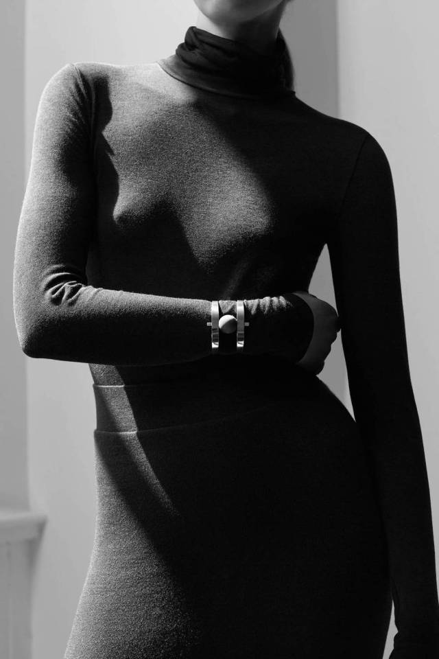 medium_ED_CH_v2.21_THOMASLOHR_SOPHIE-BUHAI_turtleneck_dress_FINAL