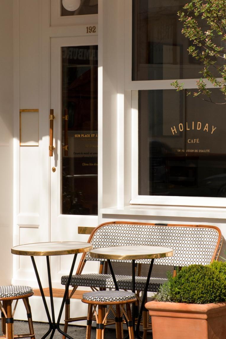 holidaycafe_exterieur