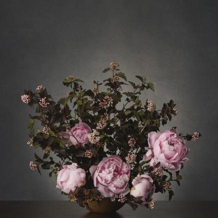 loewe_loewe_past_present_future_exhibition_flower_01